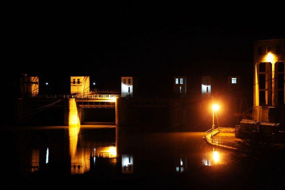 原生故事|沈洋丨小旅馆的月光